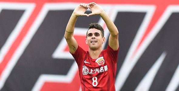 奧斯卡上场幫助上海上港射入關鍵1球。